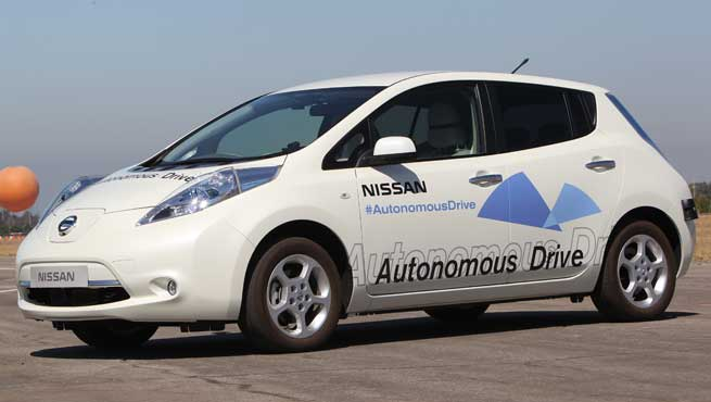Nissan has said it will be selling driverless cars by 2020.